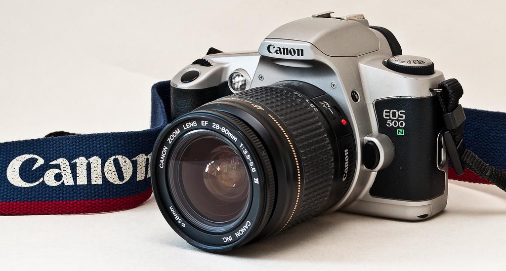 Canon Eos 500 Analoge Fotografie Foto & Camcorder